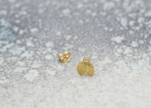 Kira Helmer - Double leaf earring