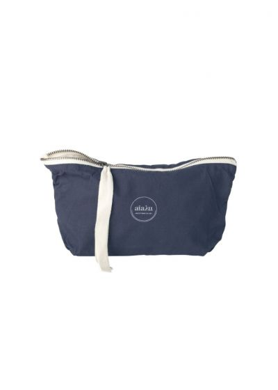 Pouch mini i navy fra Aiayu